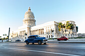 blue oldtimer, Capitol, Kapitol, Capitolio, governmental seat, historic town, center, old town, between Habana Vieja and Habana Centro, family travel to Cuba, parental leave, holiday, time-out, adventure, Havana, Cuba, Caribbean island