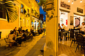 tourists, local people at the restaurant Chacon 162, historic town center, old town, Habana Vieja, Habana Centro, family travel to Cuba, holiday, time-out, adventure, Havana, Cuba, Caribbean island