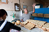 fresh bread in a bakery in vinales, family travel to Cuba, parental leave, holiday, time-out, adventure, National Park Vinales, Vinales, Pinar del Rio, Cuba, Caribbean island