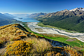 View to Dart River Valley and Lake Wakatipu, from Mount Alfred, Fiordland National Park, UNESCO Welterbe Te Wahipounamu, Queenstown-Lake District, Otago, South island, New Zealand