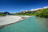 River with broad riverbed flowing through Glenorchy Valley, Fiordland National Park, UNESCO Welterbe Te Wahipounamu, Queenstown-Lake District, Otago, South island, New Zealand