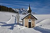 Wetter Herrenkapelle auf der Jufenalm, Maria Alm, Salzburg, Österreich