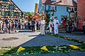 Corpus Christi, Feast of Corpus Christi procession, Flowers, Sipplingen, Lake Constance, Baden-Wuerttemberg, Germany, Europe
