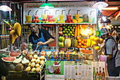 Street Food Market, Sukhumvit,  Soi 38, Fruit Stall, Juice with crushed ice