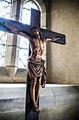 Altartop crucifix in crypt prayer alcove; York, England