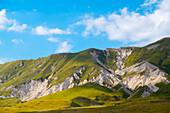 Italy, Abruzzo, Gran Sasso e Monti della Laga National Park, Plateau Campo Imperatore