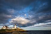 USA, Massachusetts, Cape Ann, Gloucester, Eastern Point LIghthouse, dusk.