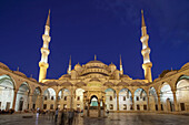 Blue Mosque at twilight  , Istanbul, Turkey Moschee
