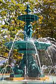 Fontaine des Quatre Saisons, (Fountain of the Four Seasons), Jardin Anglais, urban park, Geneva, Switzerland, Europe