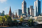 Yarra River and Princes Bridge with Melbourne city skyline, Melbourne, Victoria, Australia, Pacific