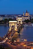 Chain Bridge over Danube River, UNESCO World Heritage Site, Hotel Four Seasons Gresham Palace, Budapest, Hungary, Europe