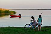 Children at the Bodden Darss, Ostseeküste, Mecklenburg-Western Pomerania, Germany