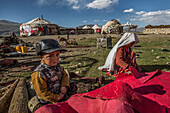 Building a kyrgyz yurt, Pamir, Afghanistan, Asia