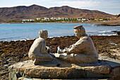 Skulptur an der Strandpromenade in Las Playitas, Fuerteventura, Kanaren, Kanarische Inseln, Islas Canarias, Atlantik, Spanien, Europa