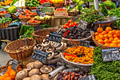 Fruit and vegetables stall in Borough Market, Southwark, London, England, United Kingdom, Europe