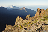 view over the crater to the cascade of clouds of the Cumbre Nueva, near Fuente Nueva, crater rim, Caldera de Taburiente, UNESCO Biosphere Reserve, La Palma, Canary Islands, Spain, Europe