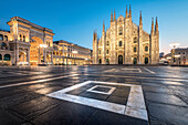 Dusk at the square of the gothic duomo, Milan, Lombardy, Italy, Europe