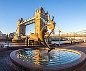 The London Bridge and the dolphin's fountain, London, United Kingdom.