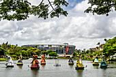 Photograph of orixa sculptures in Dique do Tororo, Salvador, Bahia, Brazil