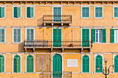 House where General Garibaldi gave his speech, Piazza Bra, Verona, Veneto, Italy