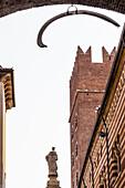 Palazzo di Cansignorio, Via Dante Alighieri, Verona, Venetien, Italien