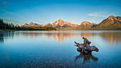 Morgens am Jackson Lake, Grand Teton Nationalpark, Wyoming, USA