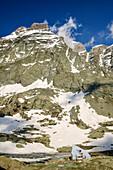 Hut rifugio Vallanta with Viso di Vallanta, Giro di Monviso, Monte Viso, Monviso, Cottian Alps, Piedmont, Italy