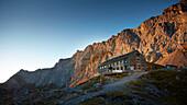 Lamsenjochhütte, Lamsenjoch morgens im Herbst , Östliches Karwendelgebirge, Tirol, Österreich