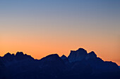 Nightsky with silhouette of Monte Pelmo, from Peitlerkofel, Dolomites, UNESCO World Heritage Site Dolomites, South Tyrol, Italy
