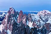 Sonnenaufgang im Wilden Kaiser, Blick auf Regalpspitze im Winter, Tirol, Österreich