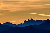 Morgenrot über den Aiguilles d' Arves, vom Grand Veymont, Vercors, Dauphine, Dauphiné, Isère, Frankreich