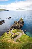 Dunquin pier, Dingle peninsula, County Kerry, Munster province, Ireland, Europe.