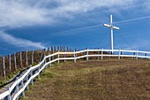 Canada, Quebec, Gaspe Peninsula, Perce, seaside cross.