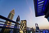 Dachterasse, Sheikh Zayed Road, Hochhäuser, Financal Centre, Dubai, VAE, Vereinigte Arabische Emirate