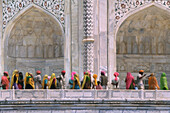 Tourists from Rajasthan at Taj Mahal, Agra, Uttar Pradesh, India, Asia