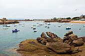 coastline with granite boulders, Trégastel, Côte de Granit Rose, Côtes d'Armor, Brittany, France