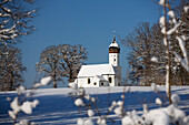 Hub-chapel in winter, Penzberg, Upper Bavaria, Germany, Europe