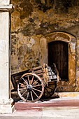 Wooden cart, Fortress San Felipe del Morro, San Juan, Puerto Rico, Caribbean, USA