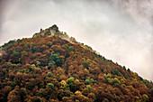 Burgruine Hohenurach, Bad Urach, Schwäbische Alb, Baden-Württemberg, Deutschland