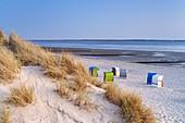 Beach and beach chairs in Utersum, North Frisian Island Föhr, North Sea, Schleswig-Holstein, Northern Germany, Germany, Europe