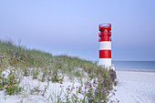 Lighthouse on the beach on the North Sea island Helgoland, Schleswig-Holstein, Northern Germany, Germany, Europe