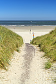 Path to the beach on the East Frisian Island Norderney, North Sea, Lower Saxony, Northern Germany, Germany, Europe