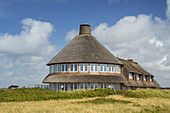 Thatched house Sturmhaube near Rotes Kliff in Kampen, North Frisian Island Sylt, North Sea coast, Schleswig-Holstein, Northern Germany, Germany, Europe