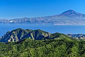 Blick vom Alto de Garajonay zum Teide auf Teneriffa, Nationalpark Garajonay, UNESCO Welterbe Teide, La Gomera, Kanarische Inseln, Kanaren, Spanien
