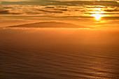 Sonnenuntergang über El Hierro, von La Gomera, Kanarische Inseln, Kanaren, Spanien