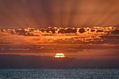 Sonnenuntergang über Atlantik, von Valle Gran Rey, La Gomera, Kanarische Inseln, Kanaren, Spanien