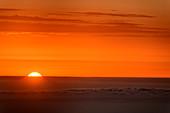Sonnenaufgang über Atlantik, von La Gomera, Kanarische Inseln, Kanaren, Spanien