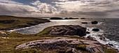 Panorama von Meer und Küste bei Sheigra, Highlands, Schottland, Großbritannien