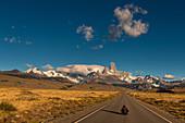 Road to El Chalten overlooking the Fitz Roy, Los Glaciares National Park, Patagonia, Argentina