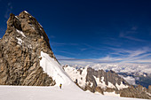 Climbers at the Col des Grandes Jorasses, Bivouac Canzio, Mont Blanc group, France